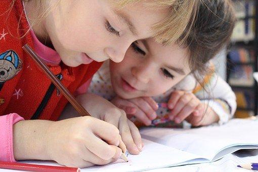 Le déroulement de l'apprentissage chez les enfants